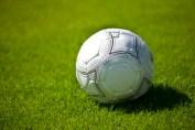 Fußball für Mädchen in Raderberg, Bild: Rainer Sturm / pixelio.de