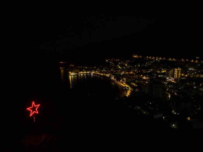 Dron fotografija: Zvezda petokraka, Petrovac, Noćna panorama, Profesionalni fotograf, Foto Radević