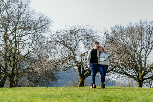 A romantic stroll in Borens Park, Ambleside