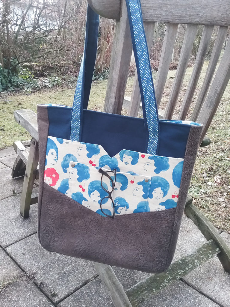 Penfield Pocket Tote   by Margareth   Radiant Home Studio