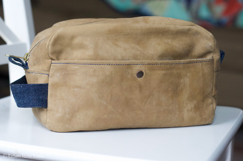 Waxed Canvas Geltemen's Tavel Case | Betz White Present Perfect | Radiant Home Studio