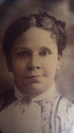 My M23 2nd great-grandmother, Laura Thompson Green