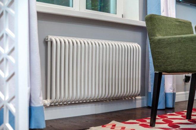 Стальной трубчатый радиатор в квартире