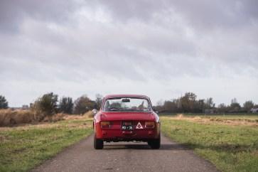 1965-alfa-romeo-giulia-sprint-gta-by-bertone-1