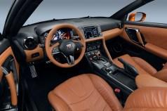 Nissan GT-R - 12