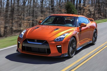 Nissan GT-R - 7