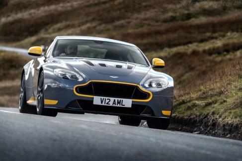 Aston-Martin-V12-Vantage-S-63223