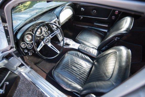 1963 Chevrolet Corvette Sting Ray Split-Window Coupé-2 - 18