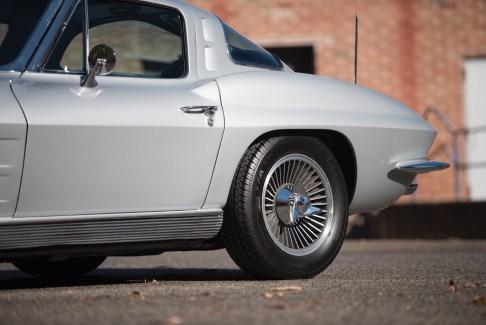 1963 Chevrolet Corvette Sting Ray Split-Window Coupé-2 - 9