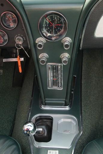 1966 Chevrolet Corvette Sting Ray 327-300 Convertible - 12