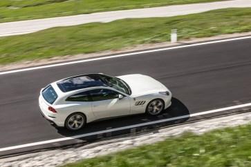 Ferrari GTC4Lusso-2 - 1