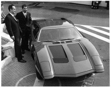 1970_AMC_AMX-3_Richard_Teague_and_Giotto_Bizzarini