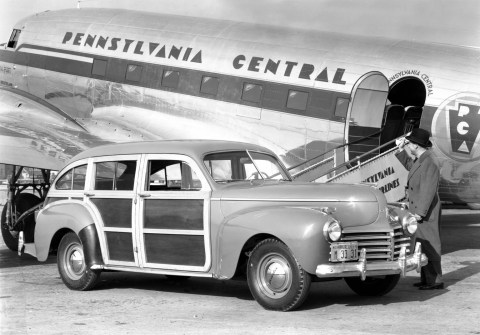 1941_chrysler_towncountrybarrelbackwagon-0-1536
