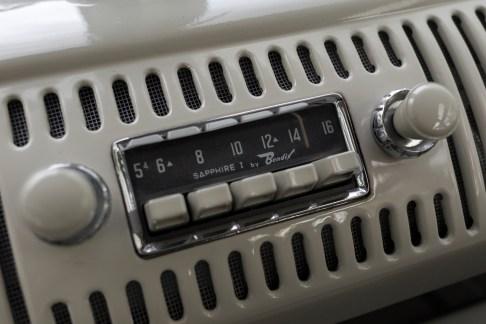 @1963 Volkswagen '23-Window' Deluxe Microbus - 12