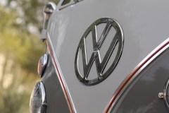 @1963 Volkswagen '23-Window' Deluxe Microbus - 20