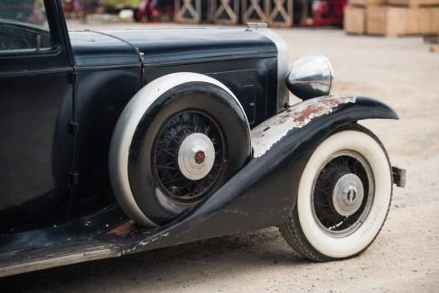 @1933 Marmon Sixteen Five-Passenger Sedan by LeBaron - 11