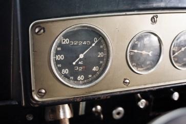 @1933 Marmon Sixteen Five-Passenger Sedan by LeBaron - 22