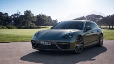 @Porsche Panamera Sport Turismo - 1
