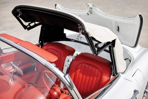 @1960 Chevrolet Corvette - 12