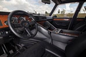@1988 Lamborghini LM002 - 23