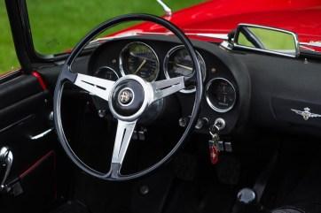 Alfa Romeo 2000 spider touring 7
