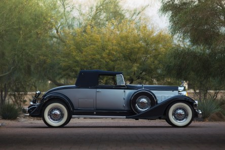 @1933 Packard Twelve Coupe Roadster - 12