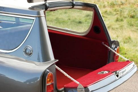 @1967 Aston Martin DB6 Shooting Brake - 12