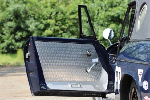 @1966 Datsun 1600 sports Fairlady - 6