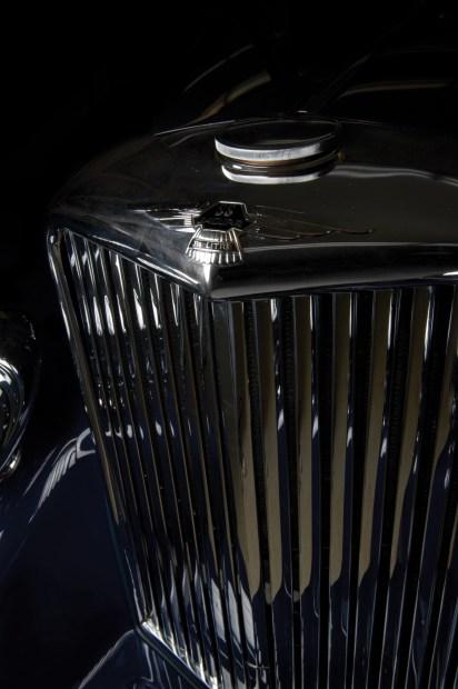 @1938 Jaguar SS Coupé by Graber - 19