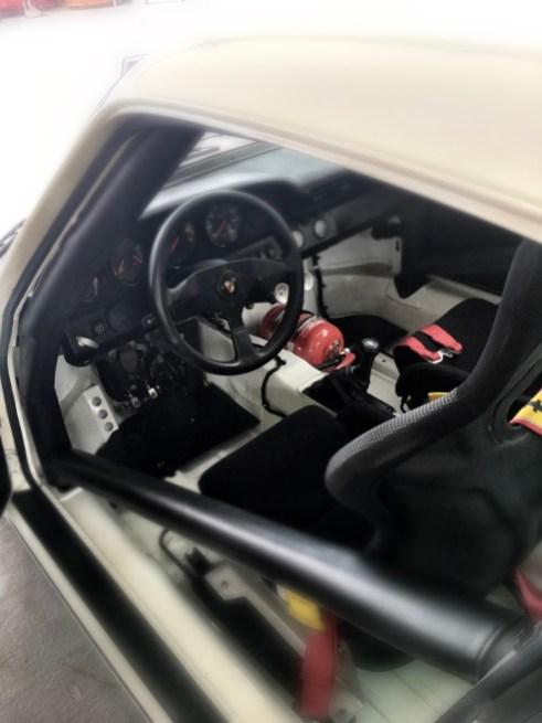 1992 Porsche 911 Carrera 4 Lightweight 7 - 1