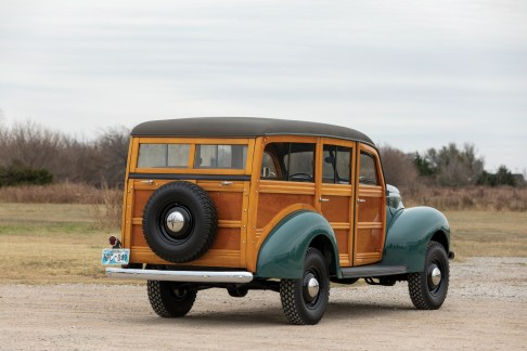 @1940 Ford Marmon-Herrington Standard Station Wagon - 13