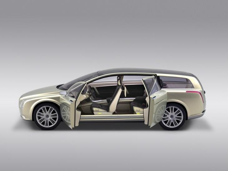 7749_Volvo_VCC_Versatility_Concept_Car