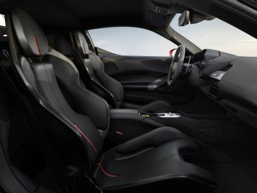 Ferrari-SF90_Stradale-2020-1600-08