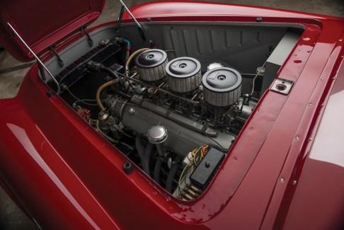 @Ferrari 225 Sport Spider Vignale - 1