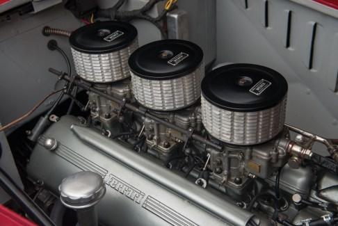 @Ferrari 225 Sport Spider Vignale - 3