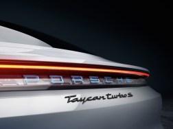 @Porsche Taycan - 18
