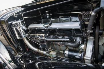 @1933 Cadillac V-16 Seven-Passenger Town Cabriolet - 12