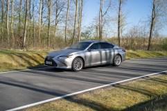 2020 Lexus ES300h-0004