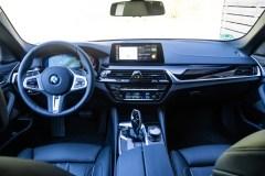 2020 BMW 520d Touring 48V-0018
