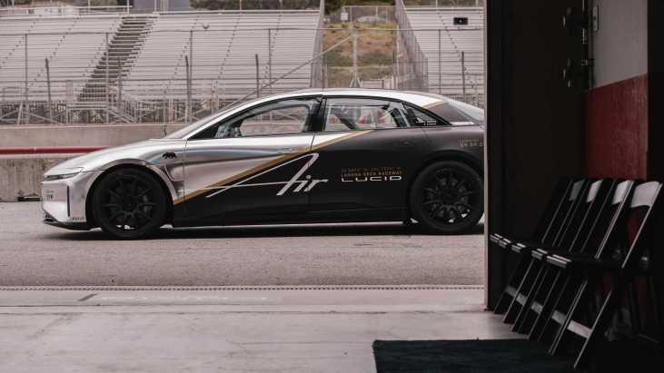 lucid-air-tri-motor-race-car-2