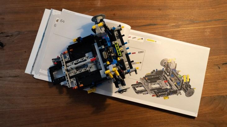 2020 Bugatti Chiron Lego Technic-0011