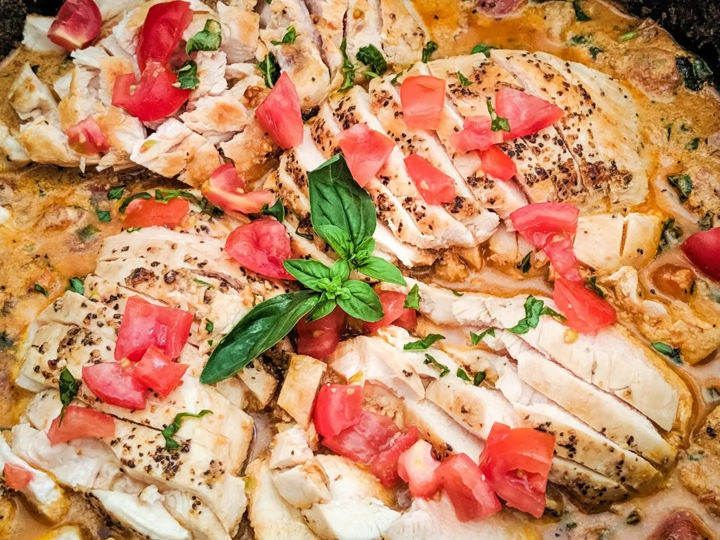 Healthy Creamy Tomato Basil Chicken Meal Prep