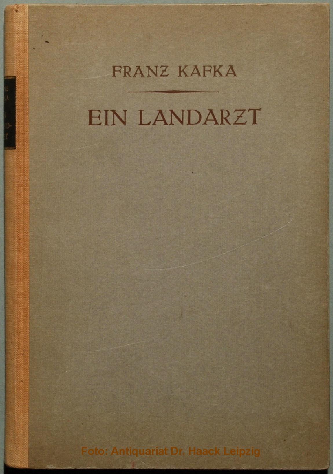 """Copertina della prima edizione della raccolta di racconti """"Un medico di campagna"""" di Franz Kafka. Immagine reperibile a questa URL."""