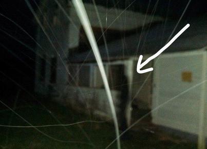 apparition-ombre-noire-hinsdale-farm