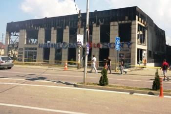Ja çfarë mbeti pas zjarrit në ndërtesën e ish-BenAf-it!