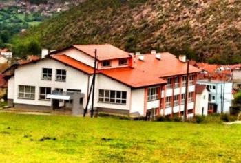 Banorët e Blaçit e duan Labinot Tahirin në shkollën e tyre!