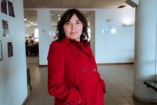 La periodista Alejandra Matus expuso los alcances de su investigación del EnjoyGate en el programa Mentiras Verdaderas de La Red, lo que motivó un llamado de la jefa de gabinete del Presidente Piñera a los dueños del medio. Foto: Archivo.