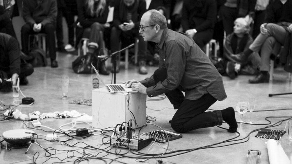 """El festival arrancará con el documental """"Sisters With Transistors""""."""
