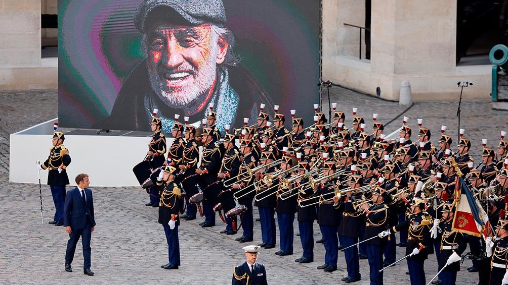 La banda ejecutó temas de las películas que interpretó Belmondo. Foto: AFP.