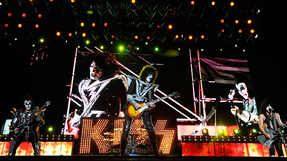 Kiss pospondrá sus próximas cuatro fechas de gira